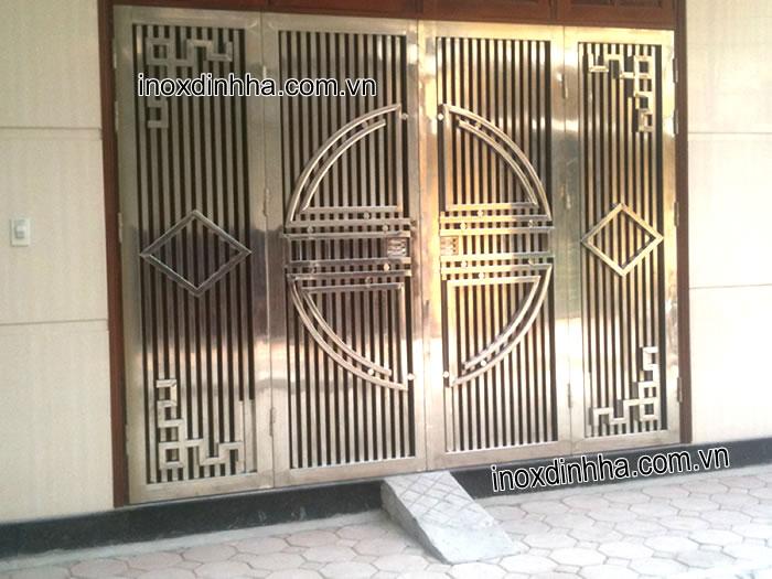 gia công cổng xếp inox